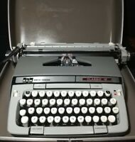 VTG Smith-Corona SCM Classic 12 Portable Manual Typewriter w/Case - Working!