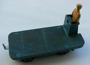 Dinky Meccano Die Cast Model Vehicle 14a B.E.V. Truck Blue (Shop Ref D022)
