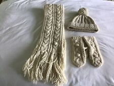 Abercrombie and Fitch Gorro Bufanda Guantes