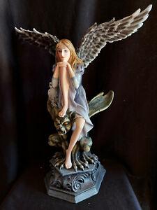 Fee Engel Angela sitzt auf Gargoyle Teelichthalter 34cm TOP