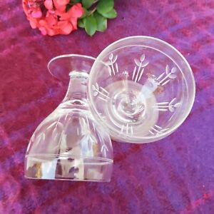 Lovely Pair of Stuart Crystal Vintage large Red Wine Glasses excellent condition