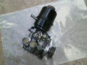 MITSUBISHI PAJERO NM 3.2 4M41 DIESEL  Power Steering Pump