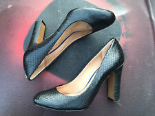 Coach Black Snakeskin Pattern Leather Classic High Heels Size 7