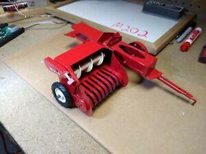 Vintage Tru-Scale 1/16 Farm Toy Hay Bailer Excellent Condition Working Gorgeous
