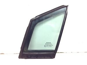 TOYOTA AVENSIS 2010 PASSENGER SIDE LEFT DOOR QUARTER GLASS 68216-05010 GENUINE