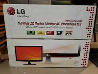 "LG 20"" LCD W2061TQ Widescreen Monitor In Original Box Works Great!"