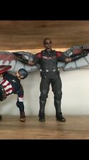 Captain America Winter Soldier: Falcon Sixth Scale Figure Hot Toys