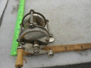 Vintage Atlas Portage #40 Casting Trout fishing Reel With Clicker