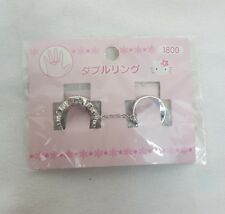 1999 Sanrio HELLO KITTY Double TWO FINGER Ring w Chain Made in Japan RARE NEW