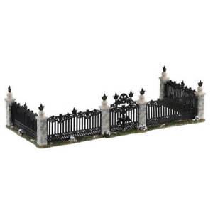 Lemax Spooky Town # 04713 Bat Fence Gate Set of  5