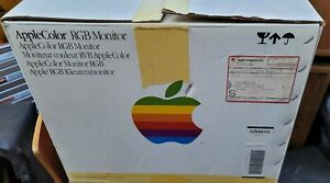 Vintage Apple Color RGB Monitor Model A2M6014 Working with Original Box