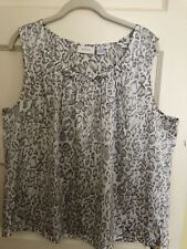 Chicos Gray And White Tank Size 3 New