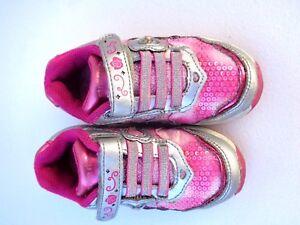 Stride Rite Disney Sneakers Baby Toddler Girls  Sparkle Pink Leather 7 Medium 7M