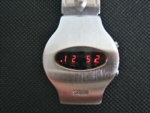 STORM DIGICOM WATCH - 90' Vintage Led Watch