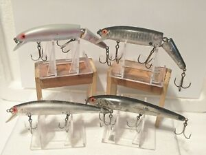 LOT OF 4 BOMBER LONG A CRANK BAIT FISHING LURES