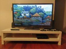 Panasonic Viera TH-P50ST50A 50'' 3D 1080p Full HD Plasma Smart TV + 3 3D Glasses