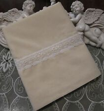 COUNTRY COTTAGE SOLID IVORY CREAM & WHITE LACE PILLOWCASE - NEW