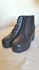 EX TOPSHOP BRIT Black Leather Platform Lace Up Chunky Sole Ankle Boots Size 7-8