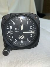 United Instruments Altimeter 5934PD-1-A134 20,000' Off PA 32-300