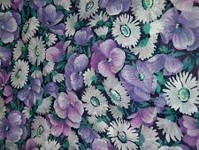 (3,99€/m) Viskose Stoff Blumen, lila-weiß 1,30 x 3,00 m