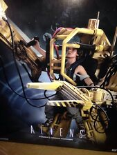 ALIENS POWER LOADER DIORAMA STATUE #068 Of 750 BY SIDESHOW COLLECTIBLES -AVP