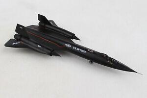 HE559454 HERPA WINGS USAF LOCKHEED SR-71B BLACKBIRD 1/200 DIE-CAST MODEL