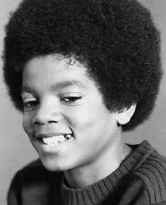 Michael Jackson UNSIGNED photo - E1035 - Young photo