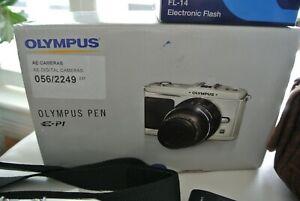 Olympus PEN E-P1 12.3MP Digital Camera - Silver w/ 14-42mm