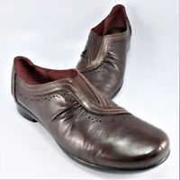 Clarks Artisan FANCY Flat Womens Size 8.5M Brown Gathered Leather Slip-On Loafer