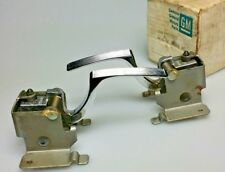 Made in USA NOS OE- GM 1713927 Door Handles L&R Set Pair Chevy Impala Cadillac