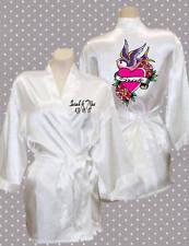 Personalizzata Sposa il tuo matrimonio data Nomi & Stampa Raso Di Seta Stile Kimono Vestaglia