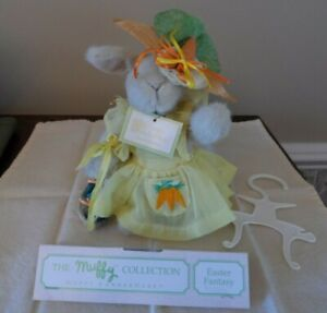 """Hoppy VanderHare """"EASTER FANTASY""""  w/tags  MINT Condition 1990"""