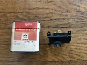 NOS GM Delco 1973 Chevrolet Truck Van G10-G20-G30 Windshield Wiper Washer Switch
