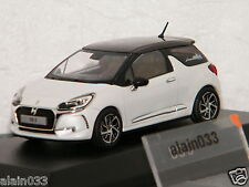 DS 3 2016 Pearl White & Brown NOREV 1/43 Ref 155260