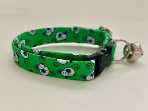 MICE ON GREEN CAT OR KITTEN COLLAR (you choose the size)