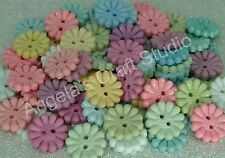 25 Daisy Pastel Novelty Buttons New - Sewing Craft Baby Boy Girl Projects