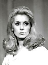 Catherine DENEUVE - BELLE de JOUR - 18 x 24 cm -1967- N & B - LUIS BUNÜEL