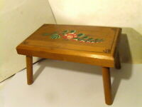 "Antique Folk Art Hand Painted Wood Foot Stool Decorated Bench 8"" X 14"". 8"" tall."
