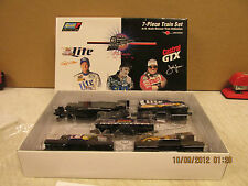 Revell 7-Piece Train Set Tribute Train 1998 Force, Presley , Wallace  H.O. Scale