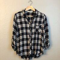 LE LIS Soft Plaid Button Down Shirt M Stitch Fix
