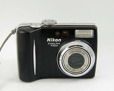 Nikon COOLPIX 7900 7.1MP Digital Camera - Black
