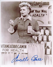 1950S LUCILLE BALL *LUCY* SIGNED 8X10 VITAMEATAVEGAMIN REPRINT AUTOGRAPHED