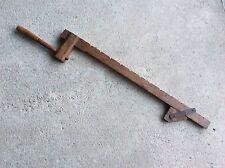 Ancien serre joint en bois decoratif