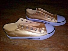 Air Walk Girls Size 5 1/2 Gold Metallic Low Top Sneaker Shoes, No Laces