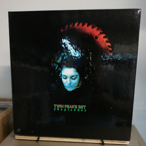 Laserdisc - NTSC -Twin Peaks Complete Box Set - FREE Worldwide post