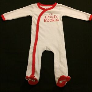 KANSAS CITY KC CHIEFS NFL BABY PAJAMAS 6-9 MONTHS PRE-OWNED