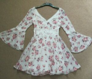 Lipsy ladies floral dress size UK 8