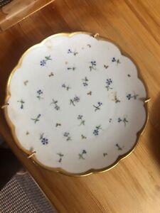 Decorative porcelain pyramid plate