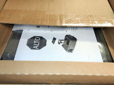 New Dell S300w DLP Projector Wireless Short-Throw HDMI 1080i/p (bundle)