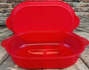 Tupperware Large Red Oval Server Covered Platter Converts To Deep Dish Bowl